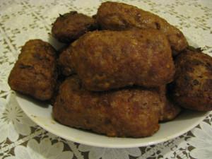 Зразы мясные с грибами, луком и яйцом