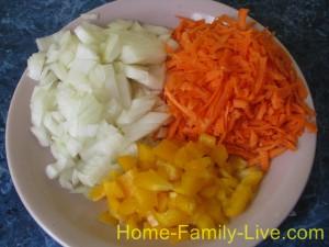 Минтай тушеный с овощами