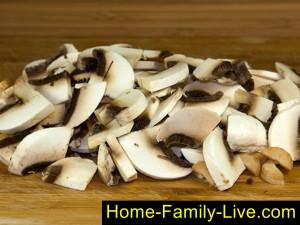 Томатно грибной соус