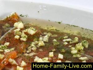 Залить рыбу растительным маслом