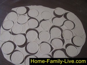 Тесто для вареников на кефире
