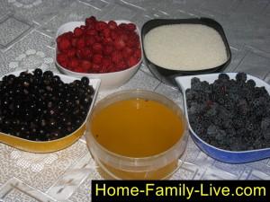 Ягоды в меду