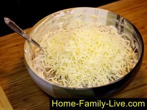 Добавим сыр в катлеты