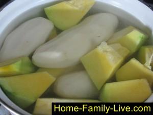 Отварим тыкву с картошкой