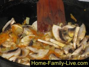 Добавим грибы