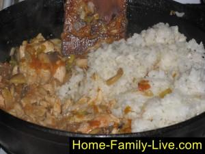 Добавим рис и чеснок
