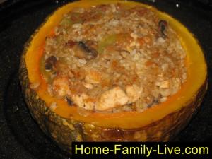 Тыква фаршированная, мясом, грибами, рисом, запеченная в духовке