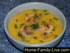Суп пюре из тыквы с грибами