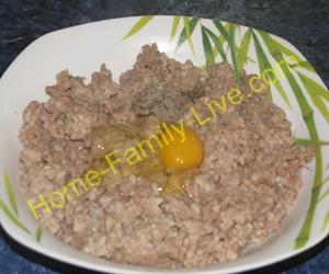 Котлеты из рыбной консервы с рисом