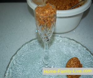 Новогодний десерт «Заснеженные  шишки»