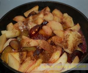 Слойки с фруктовой начинкой