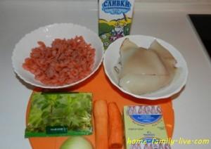 Морепродукты в горшочках